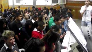 preview picture of video 'Santo Espírito (Holy Spirit by Jesus Culture) - Louvor Jovem IEQ Sede Itaqui'