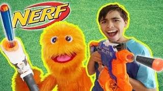 Guerra Nerf: Marioneta versos infantiles