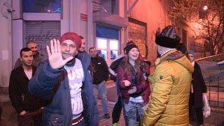 Taksim'in Delisi Çarşıyı Karıştırdı | Kholo.pk