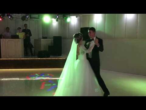 Весільний танець молодят. Освідчення-флешмоб, відео 1