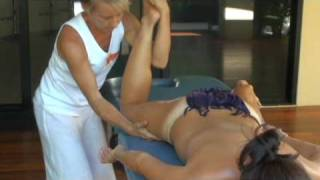 Hawaiian Lomi Lomi (Kahuna) Massage&Training - Essential Bodywork