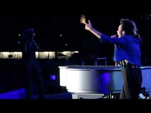 Música Fallin' (feat. Alicia Keys)