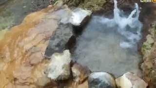 原泉が噴出して、ミニドーム