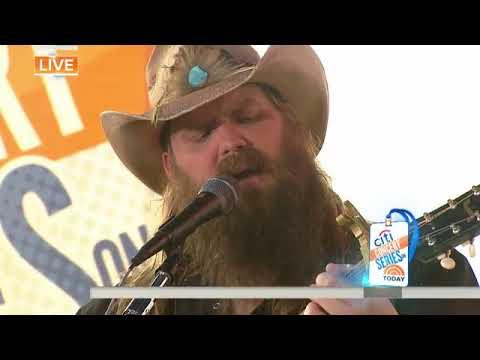 Watch Chris Stapleton perform 'Broken Halos' live mp3