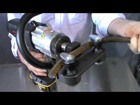 Edilgrappa RD8-20 Cordless Rebar Straightener Demonstration