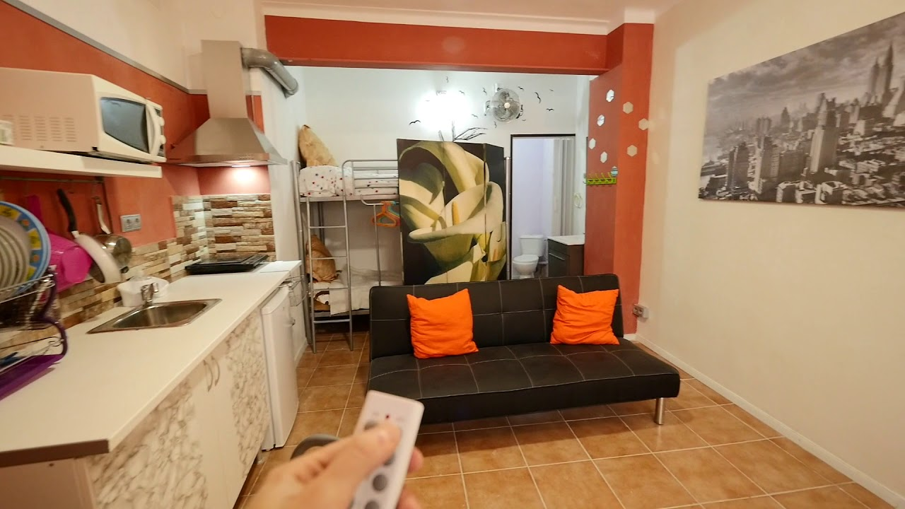 Spacious studio apartment for rent in Nou Barris