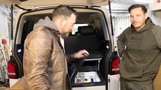 Kompressor Kühlbox für den Campervan   Plug-in Festivals - IceCube 40   im VW Bulli