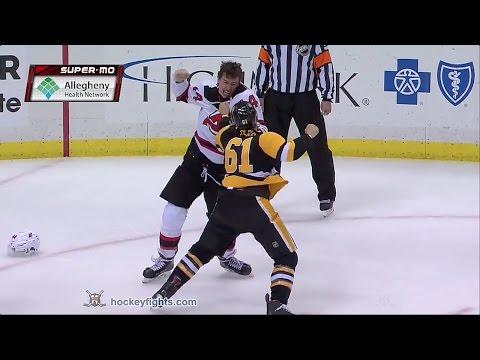 Miles Wood vs Steven Oleksy