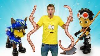 Видео про игрушки из мультиков Веселая школа. Рыбалка с Элаясом и Чейзом!