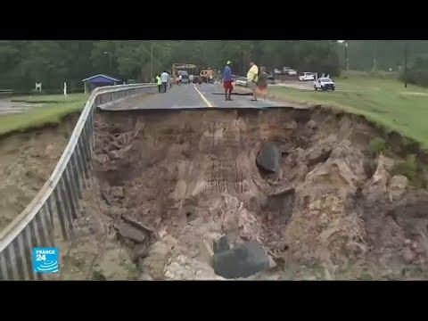 العرب اليوم - بالفيديو: إعصار فلورانس وتأثيره