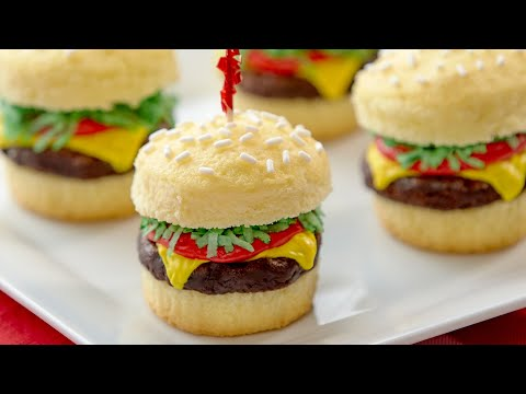 HOW TO MAKE CHEESEBURGER CUPCAKES – NERDY NUMMIES