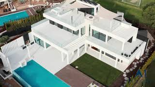 Video of New 4 bedroom villa with superb sea views in Vale do Lobo