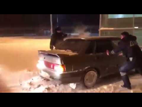 Погоня по терминалу Аэропорта в Казани в стиле GTA (3 видео)