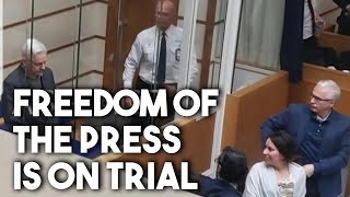 Behind the dystopian show trial of Julian Assange, an assault on journalism - with Kevin Gosztola