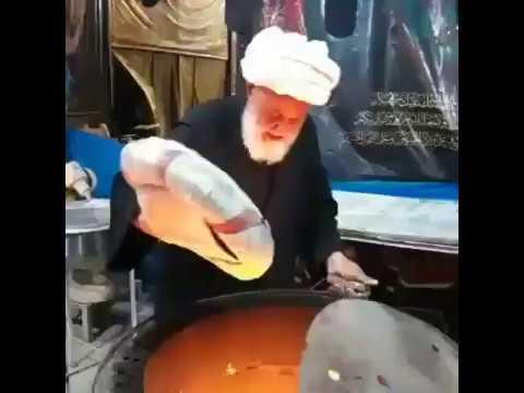 ArbaeenClips 05: Ayatullah iraquí haciendo pan para los peregrinos en Arbaeen #ArbaeenClips