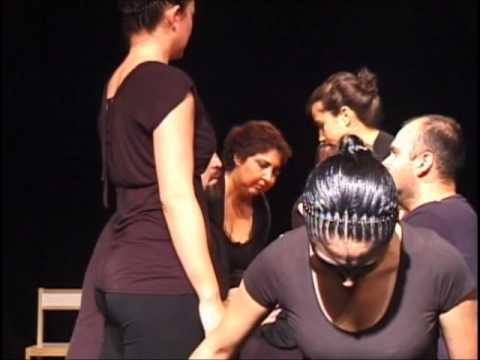 """Fragmento de la obra """"Kinder"""" de Ana Harcha, montada por el grupo de Actuación y Montaje 2010."""