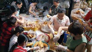 Phát 400 phần (quà 4 món) tặng người nghèo ở Sài gòn 15.1.2019