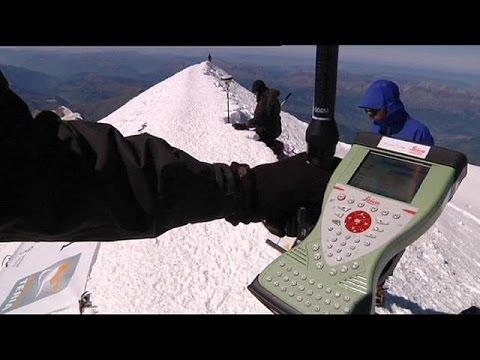 Γαλλία: Το Mont Blanc κόντυνε
