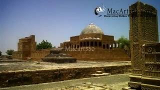 preview picture of video 'Makli Hill Video By Macart360'