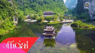 Trang An - Ninh Binh, the world cultural and natural heritage.