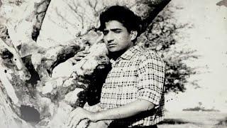 स्वप्न झरे फूल से मीत चुभे   - YouTube