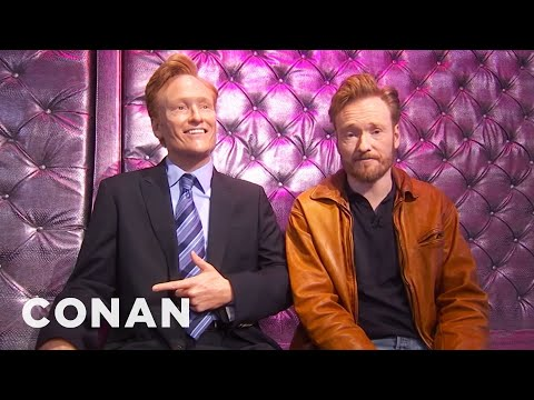 Conan Checks In On His Wax Figure 01/27/11 (видео)