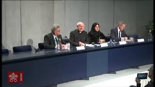 "Press Conference: ""Religion and Medical Ethics"""