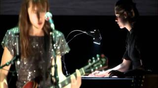 Honey Honey - Feist - Look At What The Light Did Now