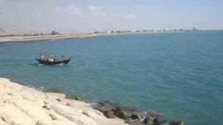 preview picture of video 'Fishing Boat -nakhletaqiقارب صيد في نخل تقي'