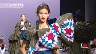 VIKTOR & ROLF Action Dolls Fashion Show Fall Winter 2017 2018 Haute Couture Paris - Fashion Channel