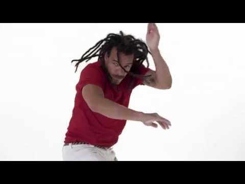 Ginga Tutorial - English Version from Capoeira Vibe App - Mestre Parente