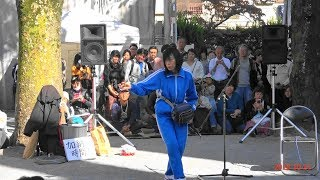 加納真実さん・三茶de大道芸、ふれあい広場、2018年10月21日。