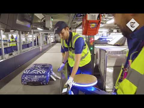 Holiday Makers: Baggage Handlers