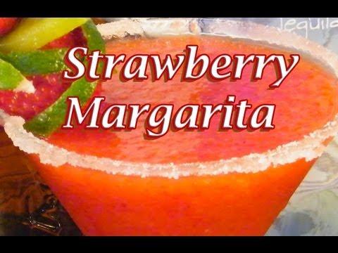 Video Fresh Strawberry Margarita Recipe - Margarita Recipes - TheFNDC.com