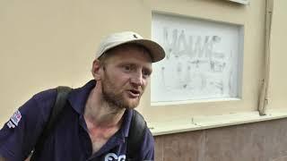 Чому на харківському Московському проспекті вкладали асфальт під час зливи