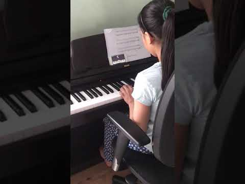 Living  under Lockdown – teaching myself to play the piano