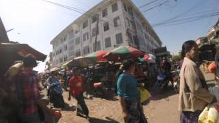 2015-01-14 Timelapse walk in a market, Mandalay