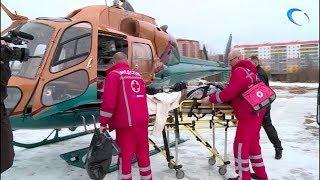 Двух новгородских пациенток отправили в Санкт-Петербург вертолетом санавиации