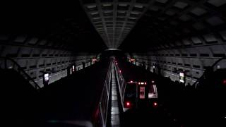 preview picture of video 'Washington D.C. Metro, Dupont Circle Station'