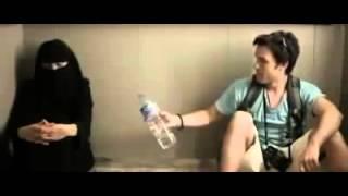 WAJIB DI TONTON   Seorang Lelaki Terjebak Di Dalam Lift Bersama Wanita Bercadar