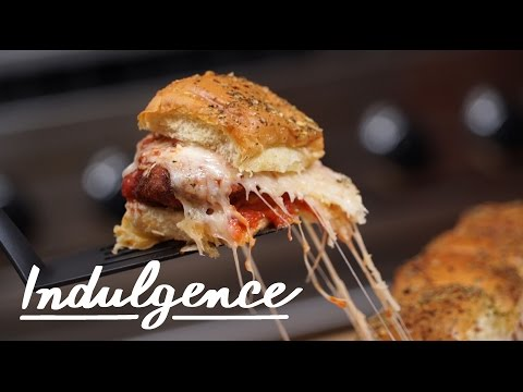 How to Make The Ultimate Chicken Parmesan Sliders at Home