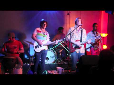 Paper Flowers - Garika, Clintman, & Wells - Live @ the Maison