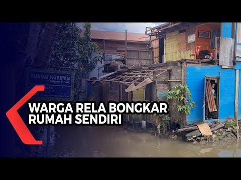 Terdampak Normalisasi Sungai, Saniah Rogoh Kocek Pribadi untuk Bongkar Rumah Sendiri
