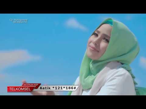 Wafiq Azizah - Laukana Bainanal Habib  I Official Music Video I