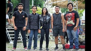Solusi Band At KEDIRI ROCK COMPETITION (MEL Shandy - NYANYIAN JANJI , CB Band NYI RORO KIDUL)