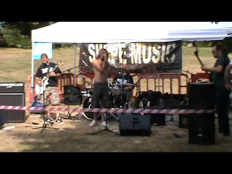 Nasca Lines - Creepy Crawlies - live @ Sunday Bandstand