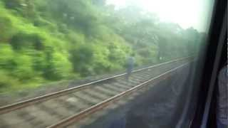 preview picture of video 'Blasting through Kulti at 132 KMPH: 12302 New Delhi-Howrah Rajdhani on-board'