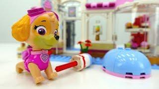 Видео для детей. Игрушки ЩЕНЯЧИЙ ПАТРУЛЬ мультик из игрушек. Скай угощает друзей пирожными 🍰.