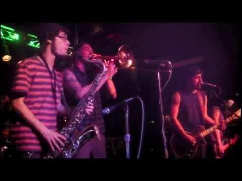 Niño Zombi - Cruda Realidad live @ Las Vegas Country Saloon in Las Vegas, NV 04/27/13