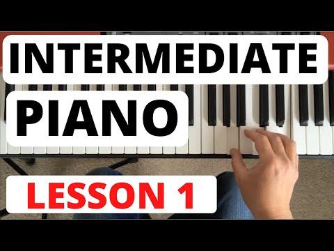 Intermediate Piano Course, Lesson 1 || Scale Revision and a Piece